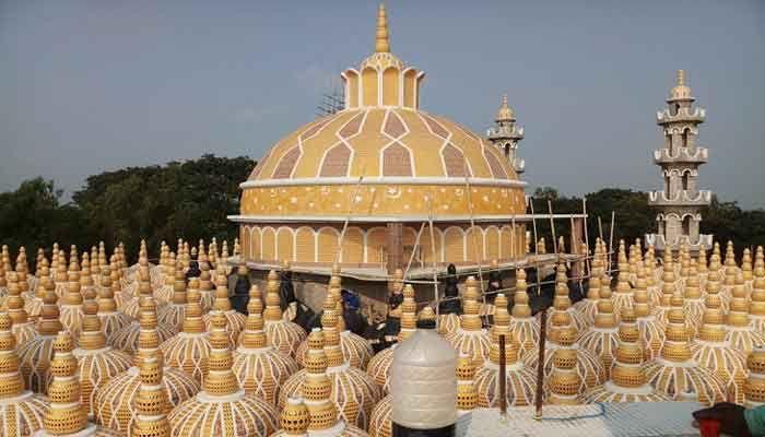 করোনা: টাঙ্গাইলের ২০১ গম্বুজ মসজিদে জুমার নামাজ বন্ধ
