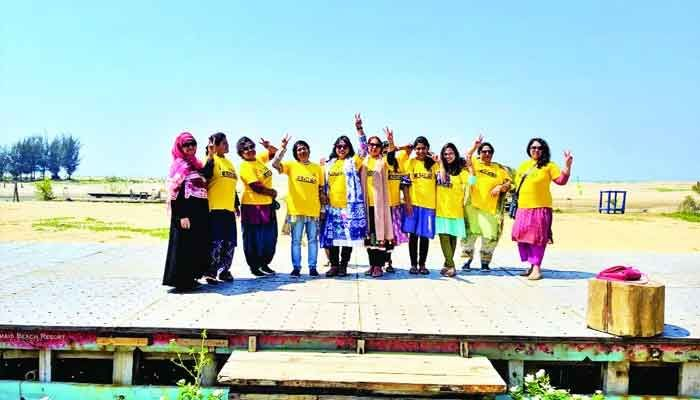 নারীদের নিরাপদ ভ্রমণে 'ফ্লাই ফার লেডিস'